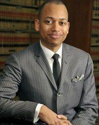 image of Professor Hosea Harvey from Beasley Law School