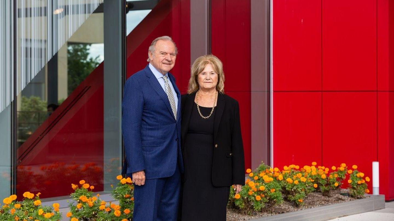 Temple Alumni Leonard and Helena Mazur